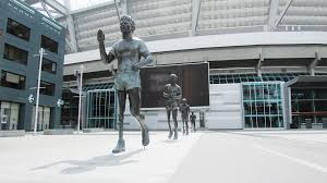 vancouver coupland tour terry fox statue at bc place