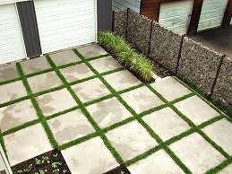Patio stones with grass in between Backyard Flagstone Patio With Grass Patio With Grass Between Pavers Flauminccom Laying Patio Pavers On Grass Flagstone Patio With Grass Patio With