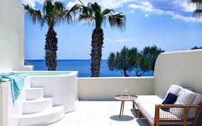Outdoor Jacuzzi Honeymoon Jacuzzi Suite In Santorini Bellonias Villas