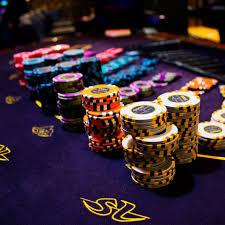 Poker in Shangri La casino