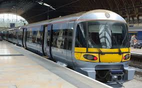 trains heathrow airport to london