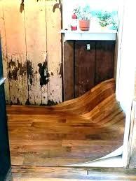linoleum flooring wood look sheet vinyl flooring that looks like wood wood grain linoleum flooring wood