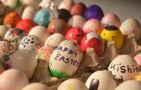 """Au fait, le président a-t-il souhaité """"joyeuses Pâques"""" ?"""