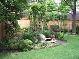 Wonderfull Design Landscape Fence Beauteous 1000 Ideas About Landscaping  Along Fence On Pinterest