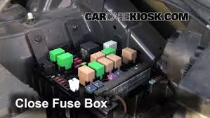 replace a fuse kia sportage kia sportage ex l 6 replace cover secure the cover and test component
