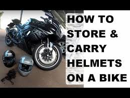 How to Store and Carry Helmets on a <b>Motorcycle</b> (<b>Suzuki GSX</b>-R600 ...