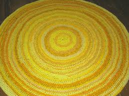 Simple Bathroom with Yellow Target Bath Rug and Knitted Round Rug