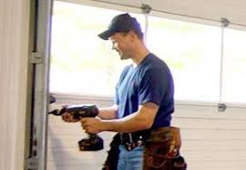 garage doors el pasoSame Day Garage Door Repair El Paso