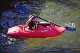 Resultado de imagen de niño en  canoa