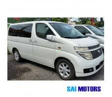 2004 nissan elgrand available