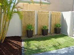 Veja mais ideias sobre quintal rústico, chão de cimento queimado, piso queimado. Resultado De Imagem Para Como Fazer Um Jardim No Quintal Cimentado Balinese Garden Backyard Bamboo Garden Fences
