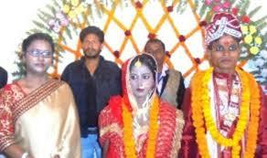 sdpo benipatti valentine s day benipatti sdpo nirmala ari extreme left with bride and groom