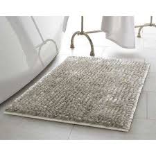 mega er chenille 21 in x 34 in bath mat in light grey