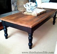 DIY farmhouse coffee table makeover. I could do this with the coffee table  we already