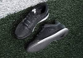 reebok jj 2. after dropping their first successful training shoe together last year, reebok and nfl superstar j.j. watt now unveil his second signature model, the jj ii. jj 2 e