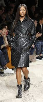 reunited her old mate naomi campbell joined her for the louis vuitton fall winter