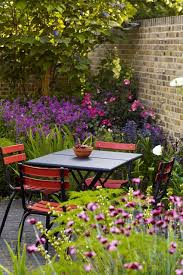 Structural Planting & Purpurea in Small Gardens on HOUSE. Discover Jinny  Blom's walled garden in