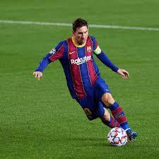 Per Messi il Manchester City ha preparato un contratto di 10 anni in cui  c'è proprio tutto
