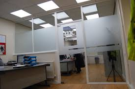 open floor office. There Are Numerous Options Available For Office Partitioning, From Glazed To Solid Walls And Flexible Moving Walls. Open Floor