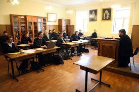 На июньском заседании кафедры состоялась предзащита кандидатской  Участники заседания кафедры