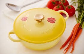 le creuset soup pot. Feast Your Eyes On This Beauty And The Beast Le Creuset Soup Pot