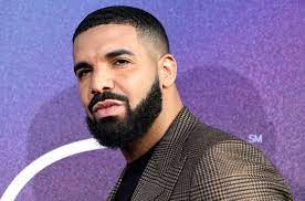 Drake Is on Dad Duty In Adorable Pic ...