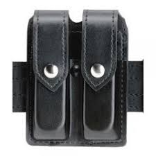 Double Magazine Pouch With Handcuff Holder Safariland Double Magazine Case Model 100 11