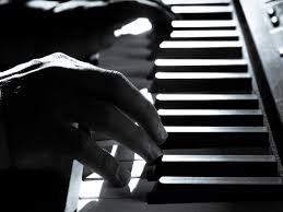 Use a computer keyboard, mouse or touch screen to play a virtual piano keyboard. Musical Keyboards For Professionals With 61 Keys To Play The Tunes Perfectly Most Searched Products Times Of India