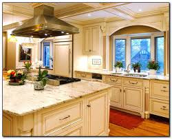 oak color cabinets. Fine Cabinets Recommended Kitchen Color Ideas With Oak Cabinets Home In U