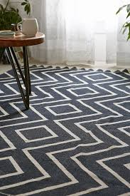 incredible design ideas of black and white color rugs decorating