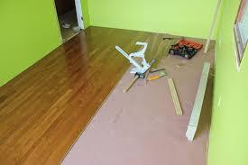 the manual porta nailer worked ok to put flooring in senco shf200