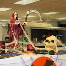 decorated cubicles for halloween cubicledecor charming desk decorating ideas work halloween