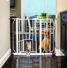 Best Baby Gates With Pet Doors - Keeping Babies Safe & Pets Happy