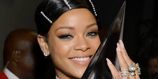 Rhianna Hair Style rihannas hair at the ama is actually not a real hairstyle its a 5854 by wearticles.com