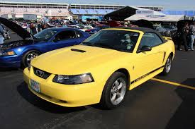 File:2000 Ford Mustang V6 Convertible (14420770072).jpg ...