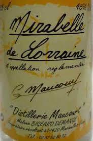 """Résultat de recherche d'images pour """"distillerie mélanie"""""""