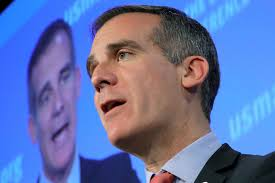 College Year Audio Garcetti Promised Lausd Grads A Second Free Year Of