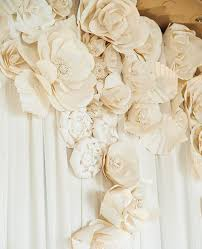 Paper Flower Diy Wedding 15 Chic Ways To Use Paper Flowers At Your Wedding Fleur