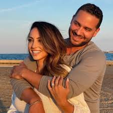 Jonathan Rivera Engaged After Divorcing Fernanda Flores! - The Hollywood  Gossip