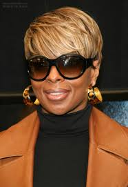 mary j blige s short hairstyle with blonde shades