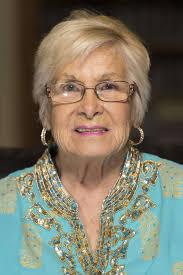 Ms. Pasadena Senior keeps 'em laughing as reign nears end