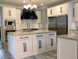 white shaker cabinets with quartz countertops. white shaker kitchen cabinets with quartz countertops n