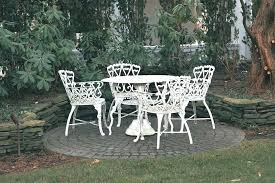 White Metal Garden Table Great Vintage Metal Patio Table And Chairs