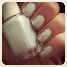 Hoboken Beauty: Ombre Nails - In or Out? - Hoboken Girl