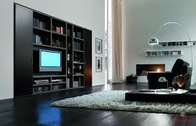 Soggiorno arte povera moderno: soggiorno moderno con vetrina
