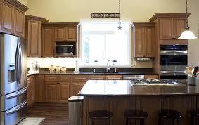 cinnamon maple glazed kitchen cabinet