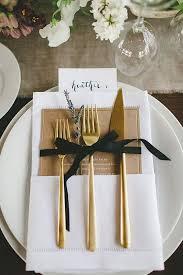 black and gold elegant wedding table