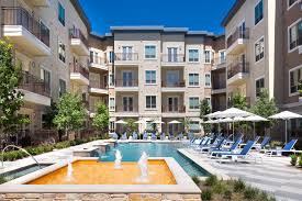 Fountain Pointe Las Colinas Apartments In Irving Tx