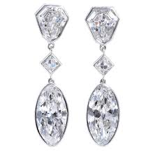 important moval shaped d internally flawless diamond dangle chandelier earrings for