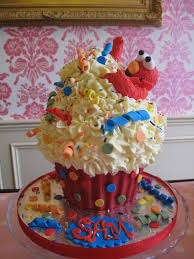 Cupcakes Elmo Cupcake Cake Ideas Elmo Cupcake How To Make An Elmo